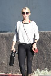 Julianne Hough in Spandex - Going to Tracey Anderson Gym in LA 8/10/2017