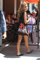 Kara Del Toro Shows Off Her Legs in a Pair of Short Shorts - Shopping in Beverly Hills 08/16/2017