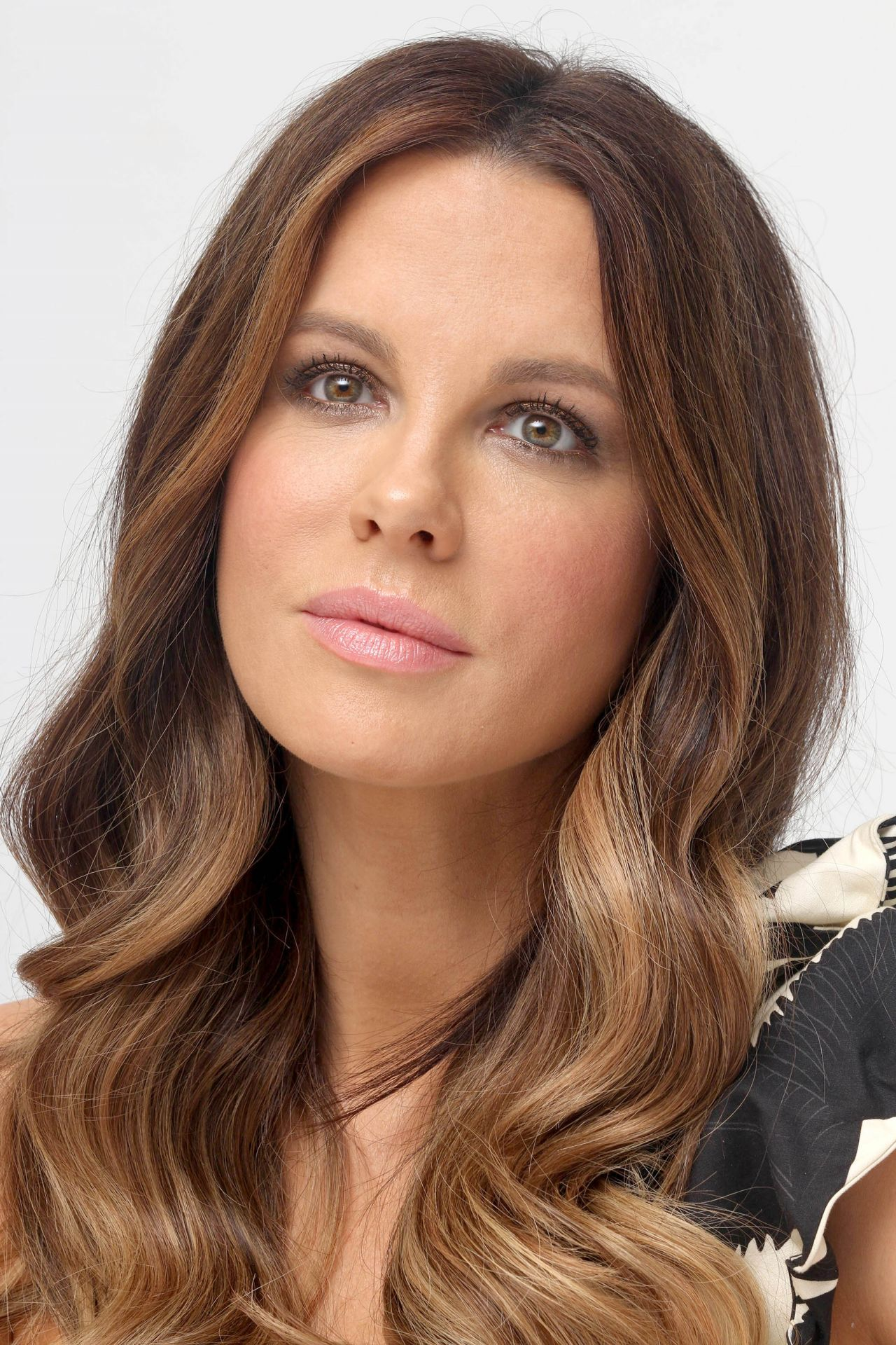 "Kate Beckinsale Headshots - ""The Only Living Boy in New ... Kate Beckinsale"