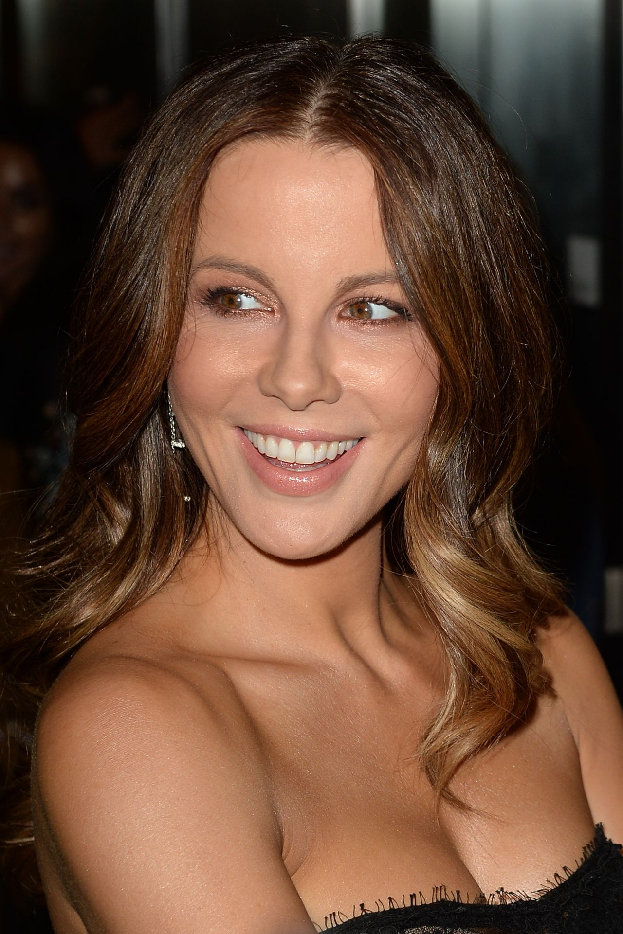 Kate Beckinsale On Red Carpet Quot The Only Boy Living In