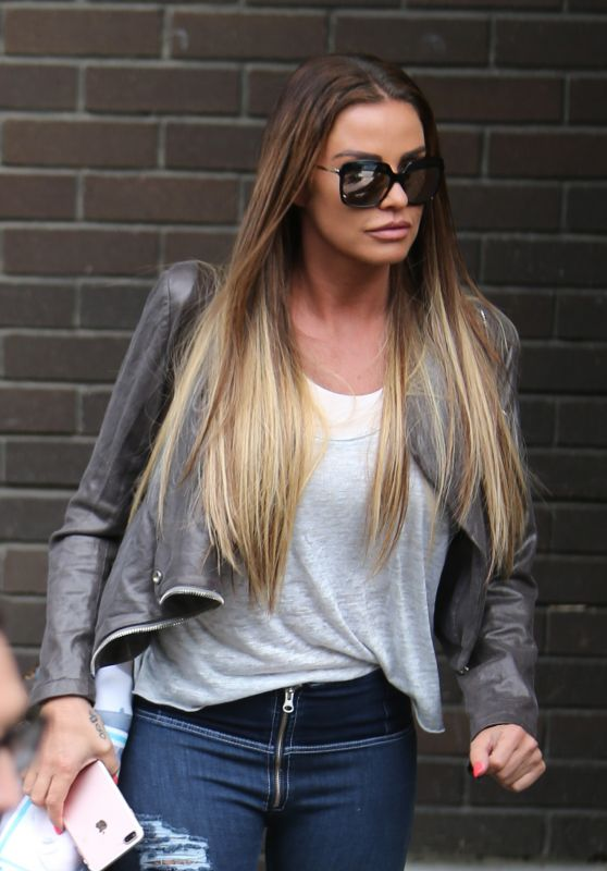 Katie Price - ITV Studios in London 08/23/2017