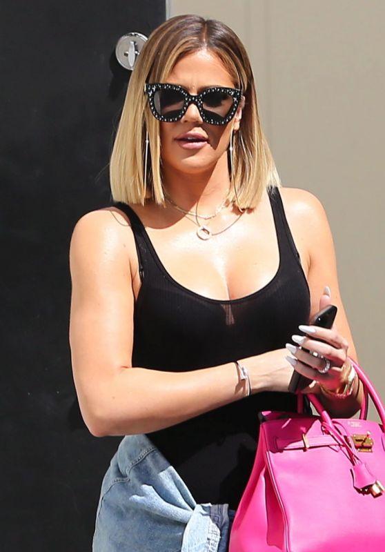 Khloe Kardashian Street Style - Leaves the Studio in Los Angeles 08/30/2017