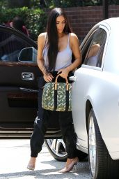 Kim Kardashian - Stepped Out For a Lesiurely Lunch in Studio City 08/24/2017