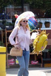 Kirsten Dunst - Leaving a Ralph