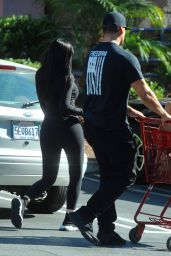 Kylie Jenner in Skin-Tight Gym Wear - Goes Grocery Shopping in LA 08/28/2017