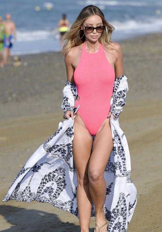 Lauren Pope in Swimsuit - Films TOWIE in Marbella 08/10/2017