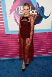 Lili Reinhart – Teen Choice Awards in Los Angeles 08/13/2017