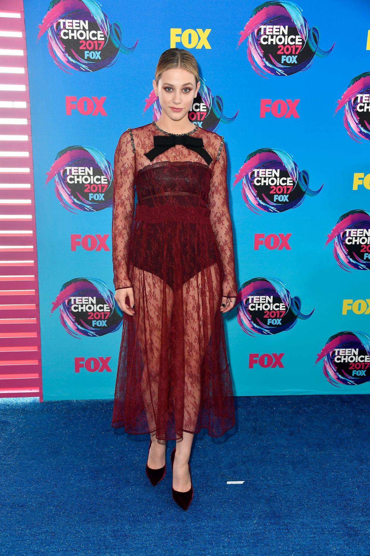Lili Reinhart – Teen Choice Awards in Los Angeles 08/13/2017
