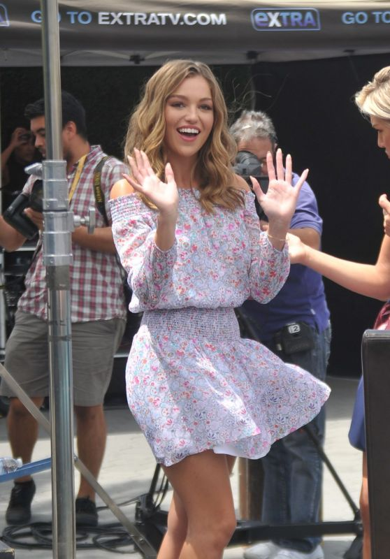 "Lili Simmons - ""Extra""Set in Los Angeles 08/15/2017"
