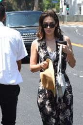 Lizzy Caplan – Arrives at the Day of Indulgence Party in Brentwood 08/13/2017
