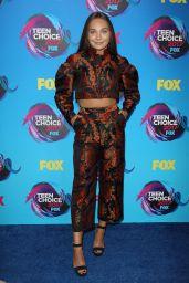 Maddie Ziegler – Teen Choice Awards in Los Angeles 08/13/2017
