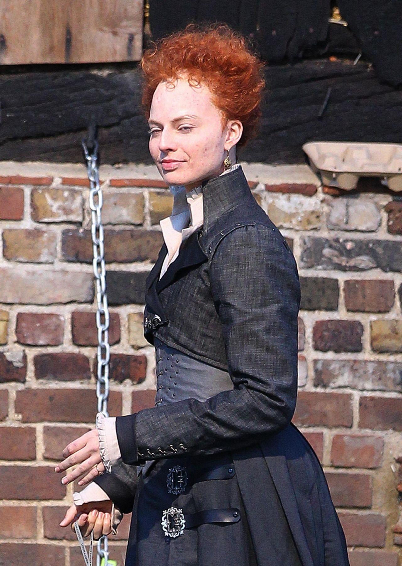 margot robbie quotmary queen of scotsquot movie set in london