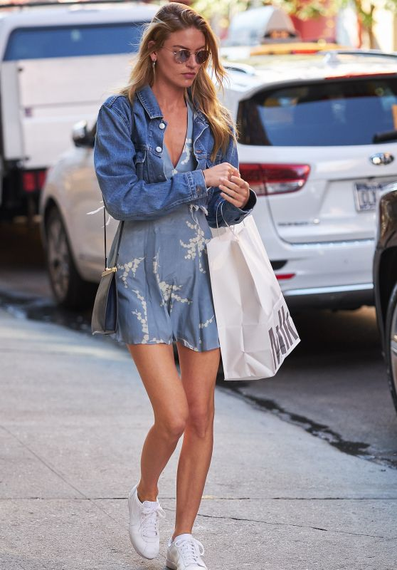 Martha Hunt Cute Style - Out in NYC 08/23/2017