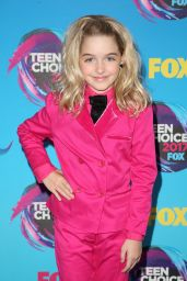Mckenna Grace – Teen Choice Awards in Los Angeles 08/13/2017