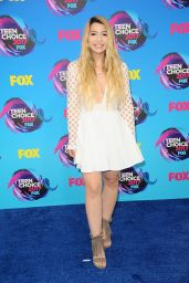 Mia Stammer – Teen Choice Awards in Los Angeles 08/13/2017