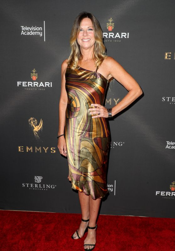 Mo Collins – Emmys Cocktail Reception in Los Angeles 08/22/2017
