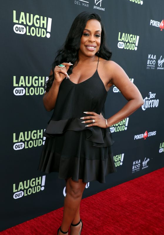 Niecy Nash – Lionsgate Laugh Out Loud Network Party in LA 08/03/2017