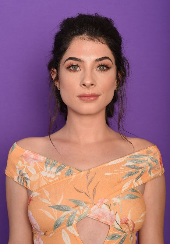 Niki Koss – TCA Portraits at the Galen Center in Los Angeles 08/13/2017