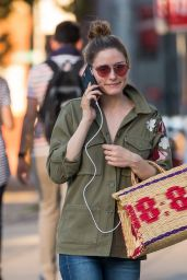 Olivia Palermo Urban Street Style - Out in Brooklyn New York 08/26/2017