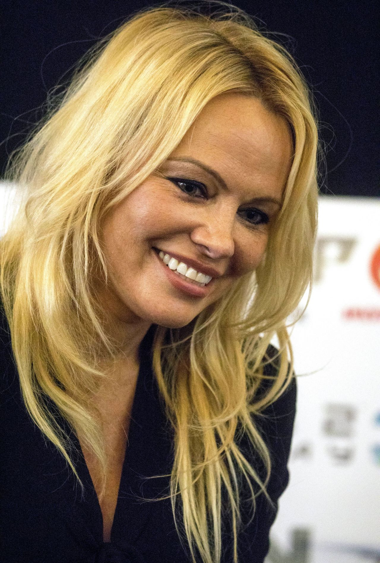 Pamela Anderson London Film And Comic Con 07 30 2017