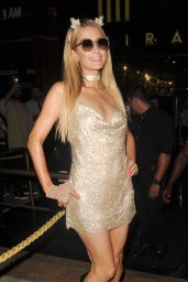 Paris Hilton - Gig at Mirage Nightclub in Puerto Banus, Marbella 08/12/2017