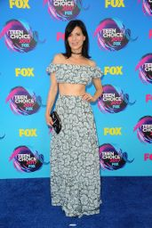 Perry Reeves – Teen Choice Awards in Los Angeles 08/13/2017
