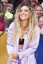 "Rachel Platten - Arrives at ""Good Morning America"" in New York 08/21/2017"