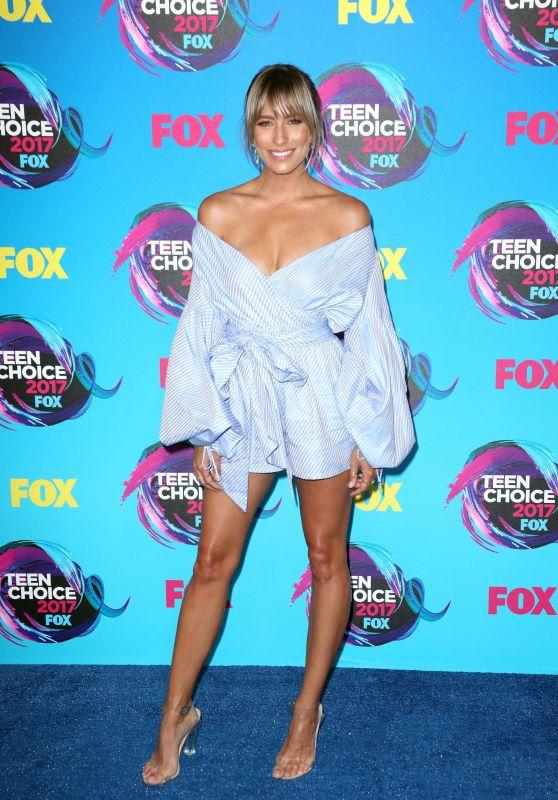 Renee Bargh – Teen Choice Awards in Los Angeles 08/13/2017