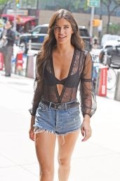 Sara Sampaio - Stops by the Victoria