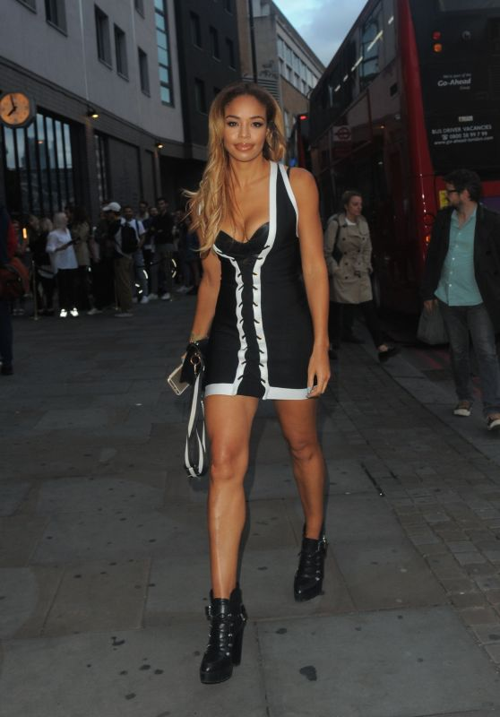 Sarah-Jane Crawford - Leaves James Bay x TOPMAN Launch Party in London 08/08/2017