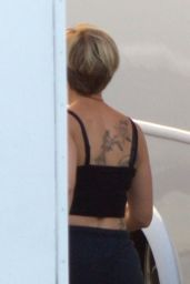 Scarlett Johansson - Shows Some Massive New Ink on Set of Avengers 4 - Atlanta 08/21/2017