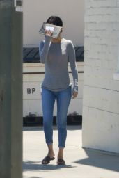 Selena Gomez in Tight Jeans - Out in LA 08/22/2017
