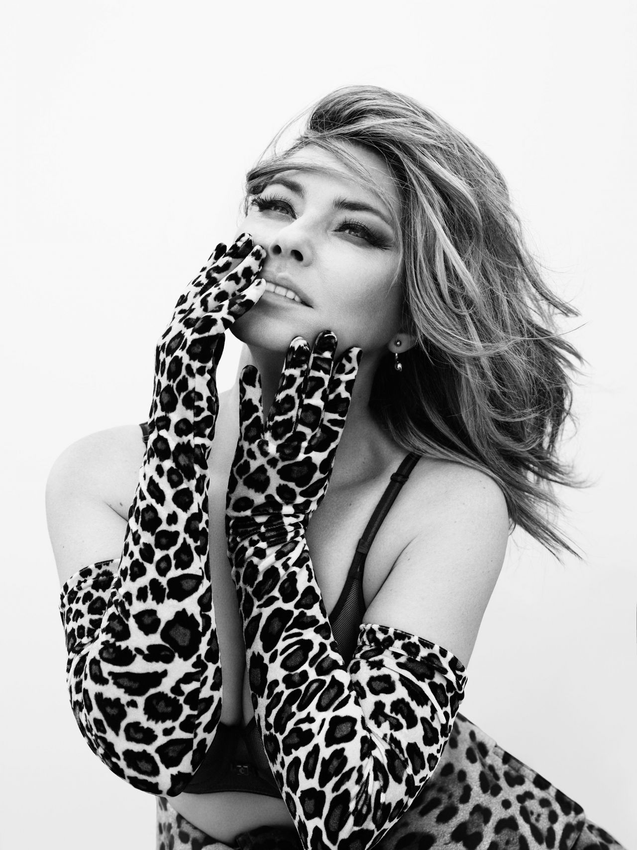 http://celebmafia.com/wp-content/uploads/2017/08/shania-twain-promotion-for-her-new-cd-now-2017-2.jpg