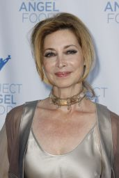Sharon Lawrence - Project Angel Food Gala in Los Angeles 08/22/2017