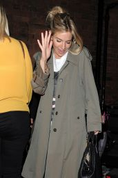 Sienna Miller at Apollo Theatre in London, UK 08/19/2017