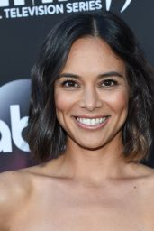 """Sonya Balmores – """"Marvel's Inhumans – The First Chapter"""" Premiere in Universal City 08/28/2017"""