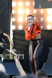 Tinashe - Performs at Billboard Hot 100 Fest in New York 08/19/2017