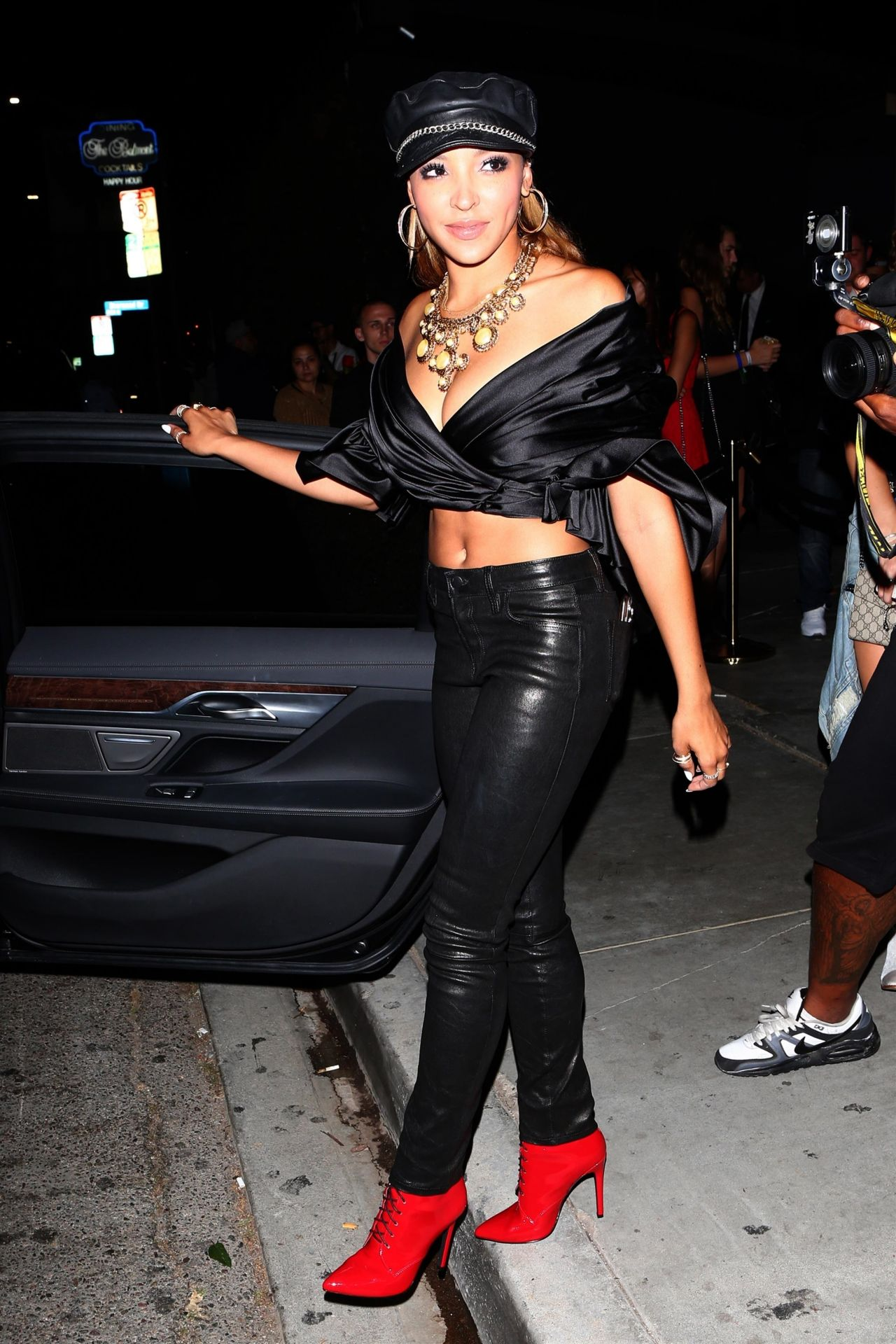 tinashe vma after party in west hollywood 08272017