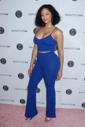 Tori Brixx – Beautycon Festival in Los Angeles 08/12/2017