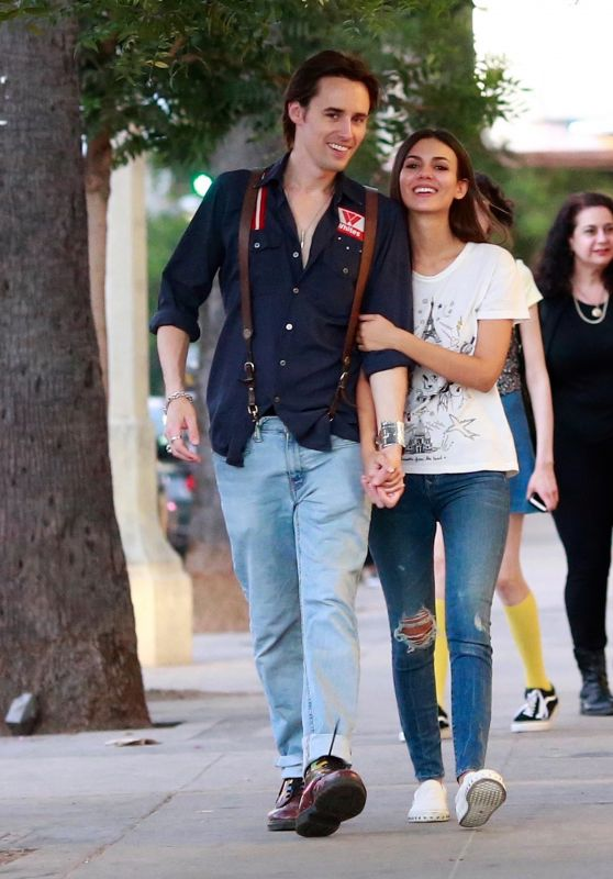 Victoria Justice - Walks With Her Boyfriend Reeve Carney