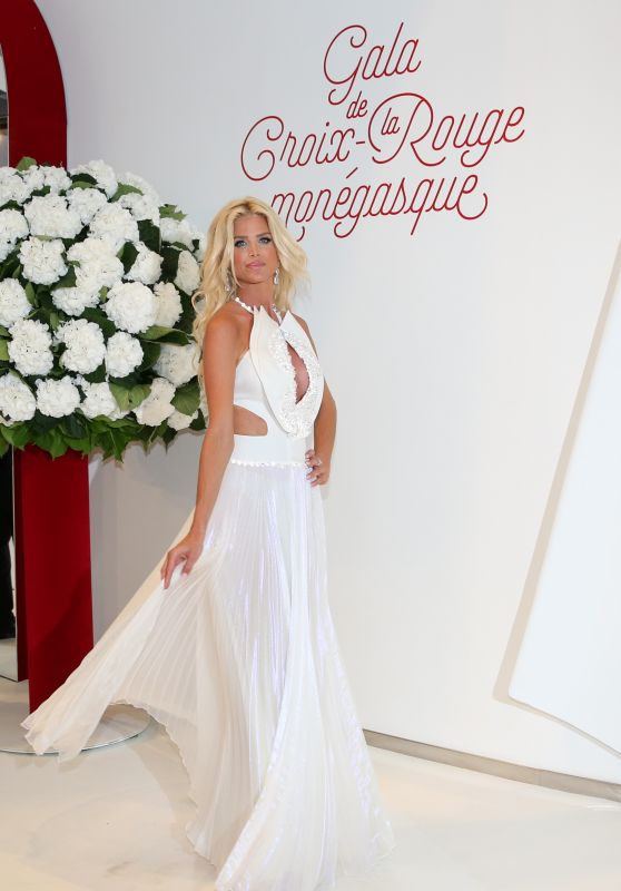 Victoria Silvstedt - Red Cross Ball in Monte Carlo 07/28/2017