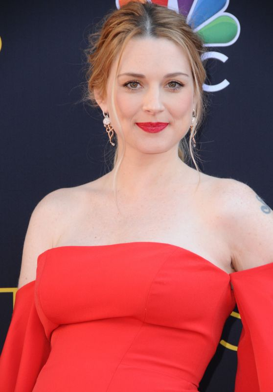 "Alexandra Breckenridge - ""This Is Us"" TV Sereies Premiere in Los Angeles"