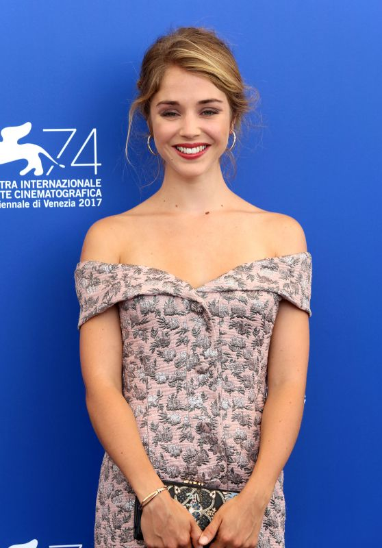 """Alice Isaaz -""""Especes Menacees"""" Photocall at the Venice Film Festival 08/31/2017"""
