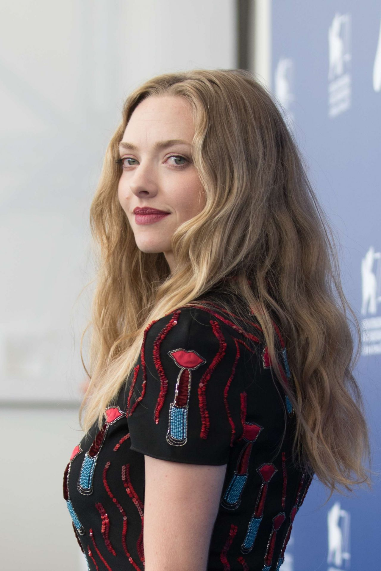 "Amanda Seyfried - ""First Reformed"" Photocall - 74th Venice ... Amanda Seyfried"