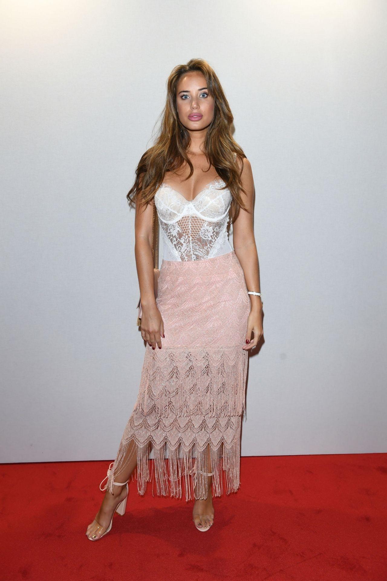 Gigi Hadid Red Carpet Hairstyles