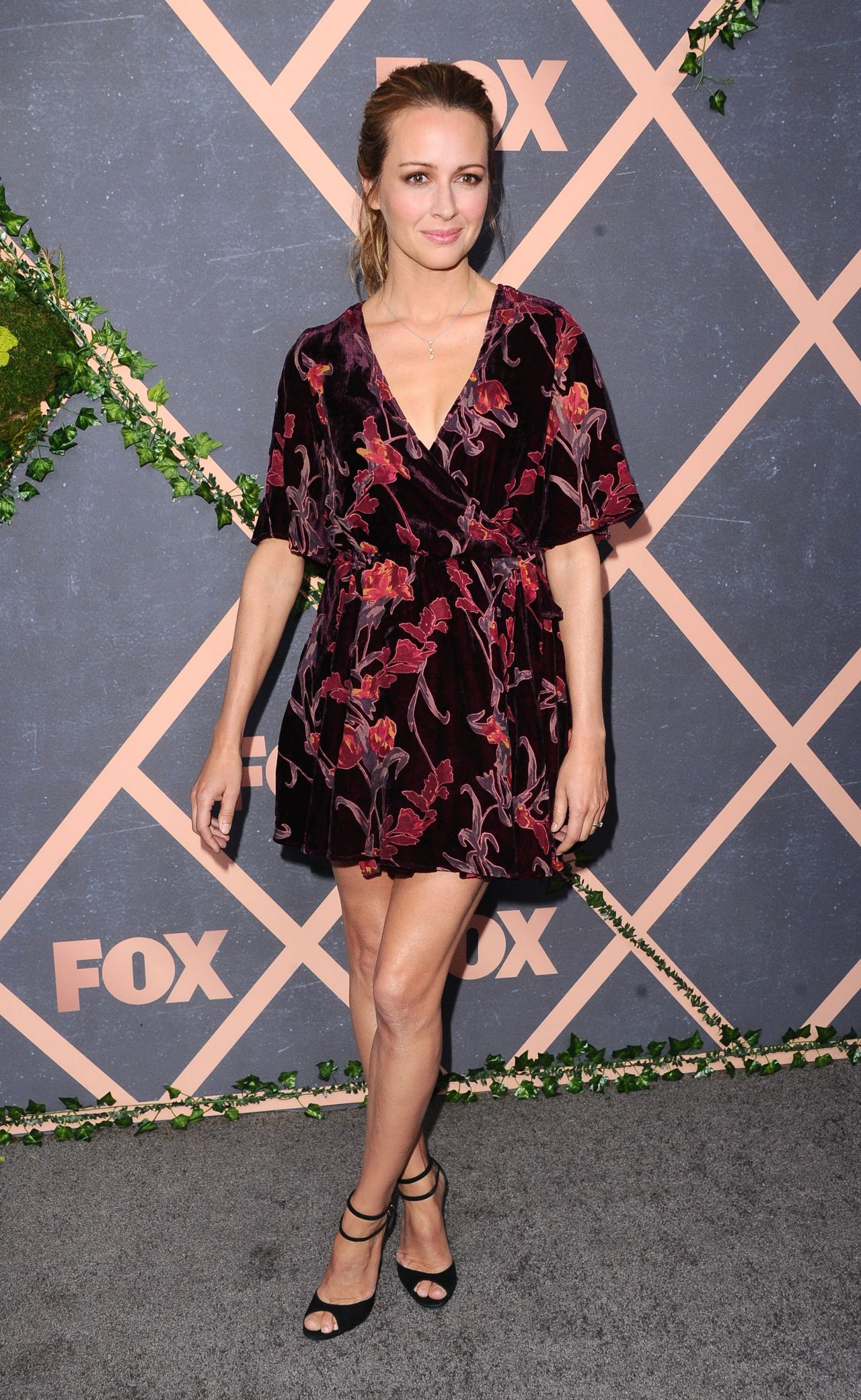 Amy Acker Fox Fall 2017 Party In La