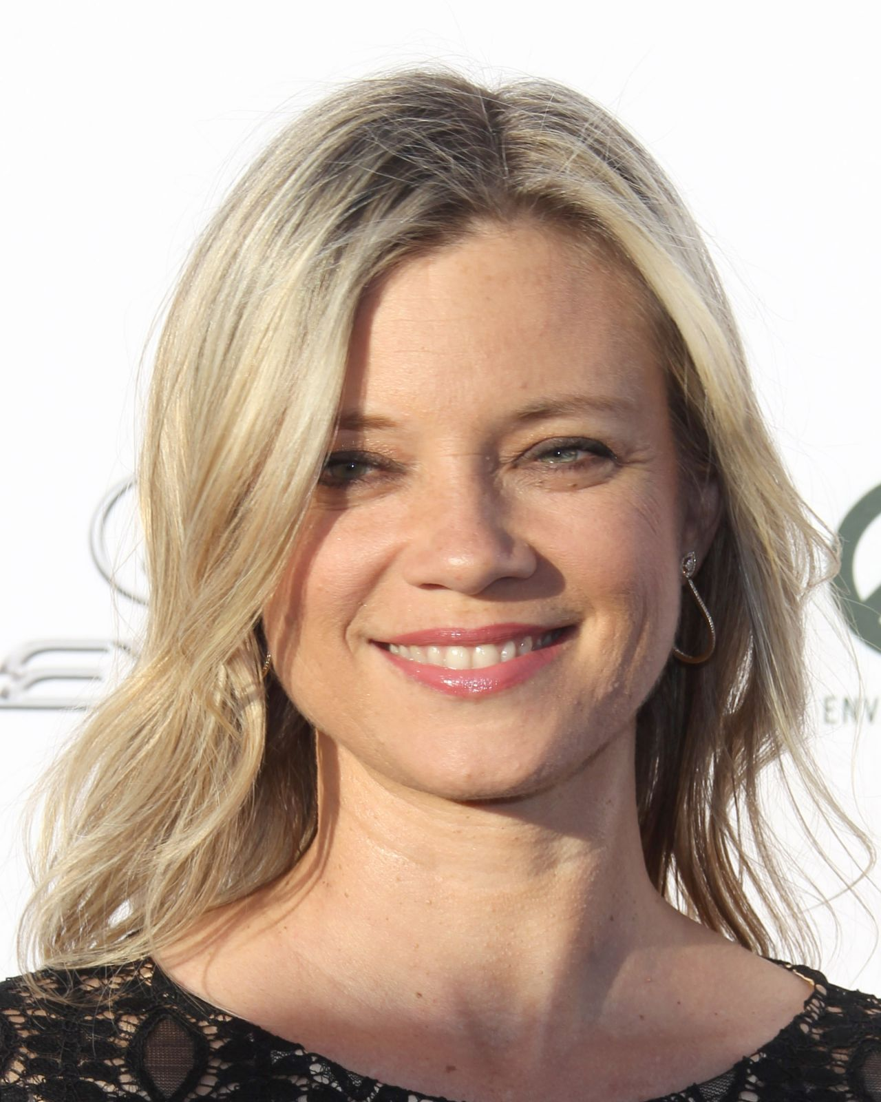Amy Smart Ema Awards 2017 In Los Angeles