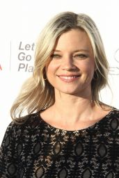 Amy Smart – EMA Awards 2017 in Los Angeles