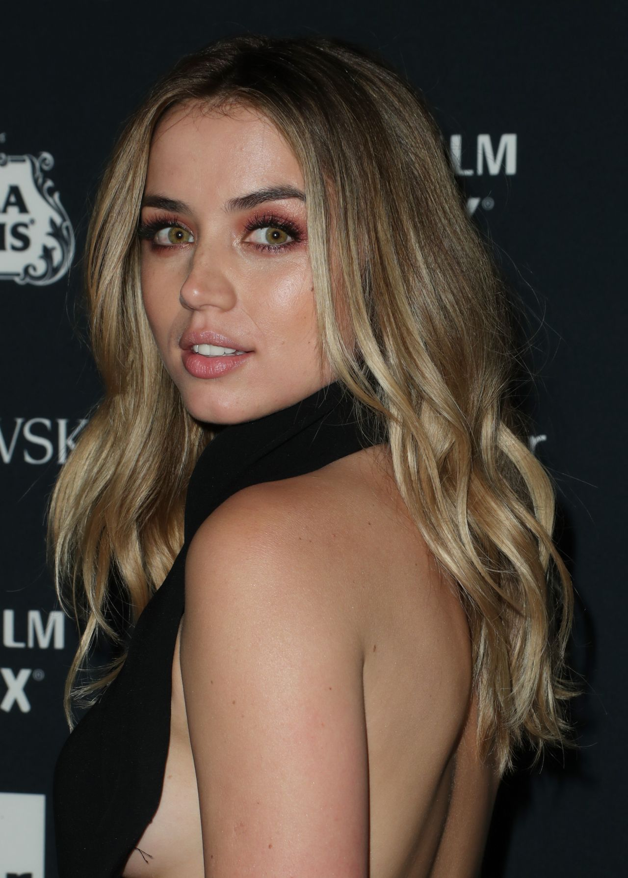 Pictures Ana de Armas nude (92 photo), Topless, Cleavage, Selfie, cleavage 2006