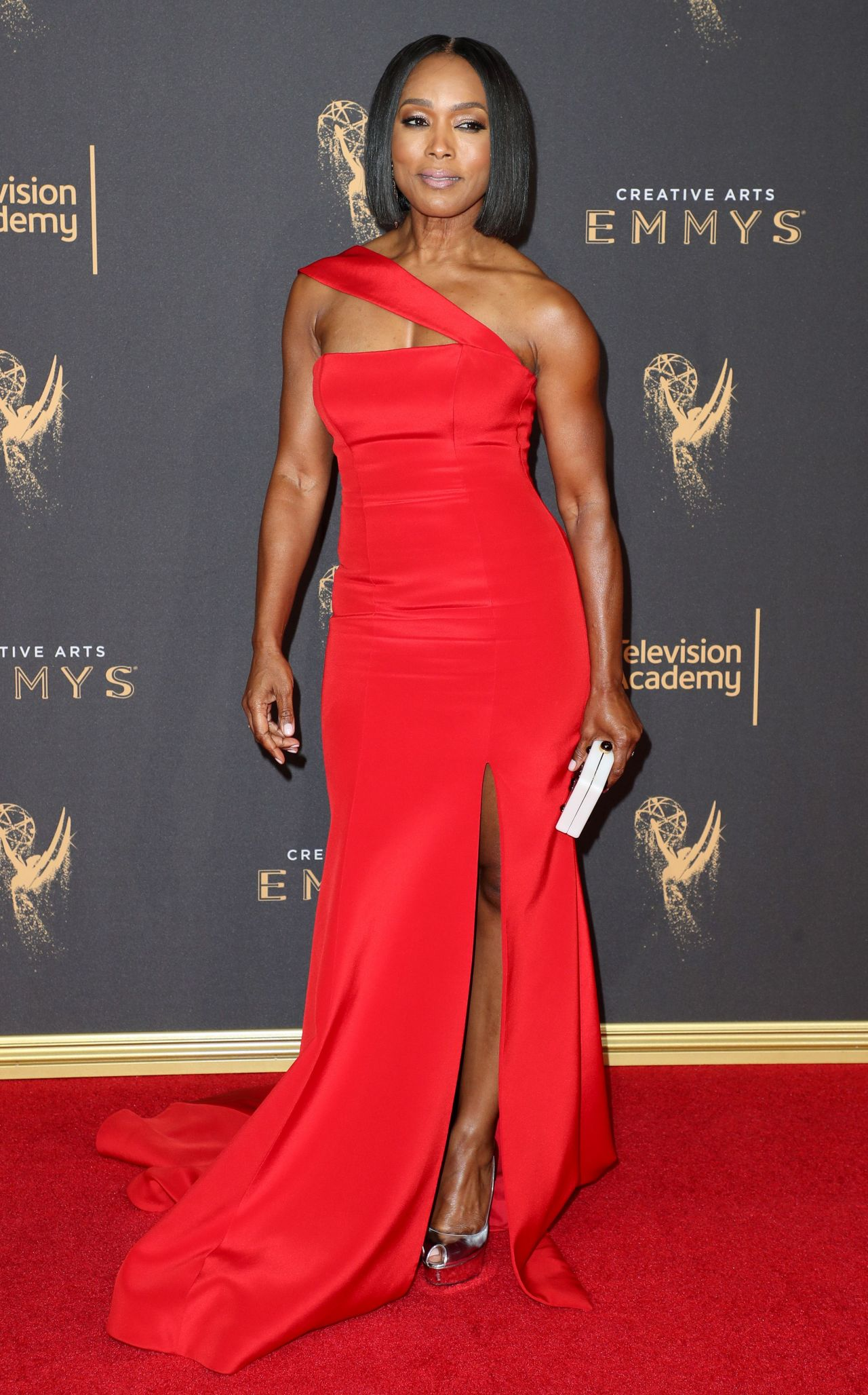 Angela Bassett – Creative Arts Emmy Awards in Los Angeles ...